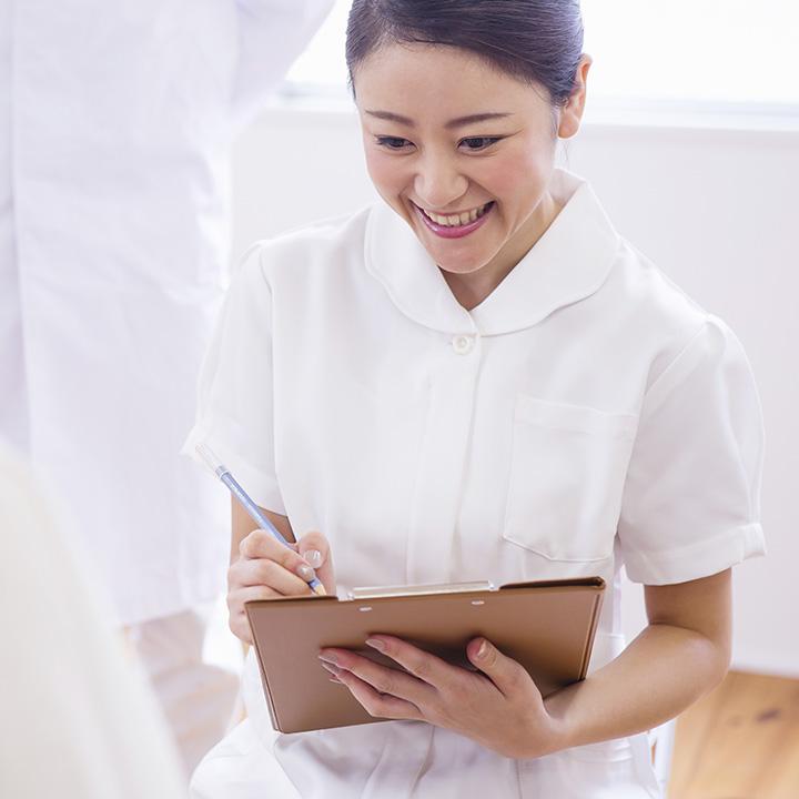 専門看護師か認定看護師の資格を狙おう